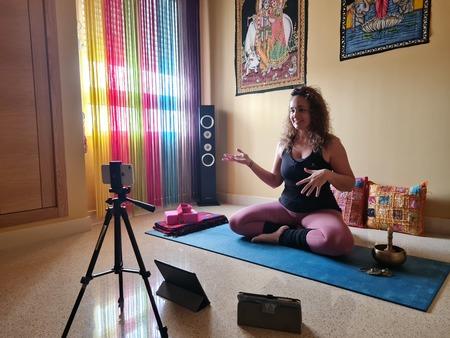 Yoga y Pilates Online en Yoga Sirsasana clases online