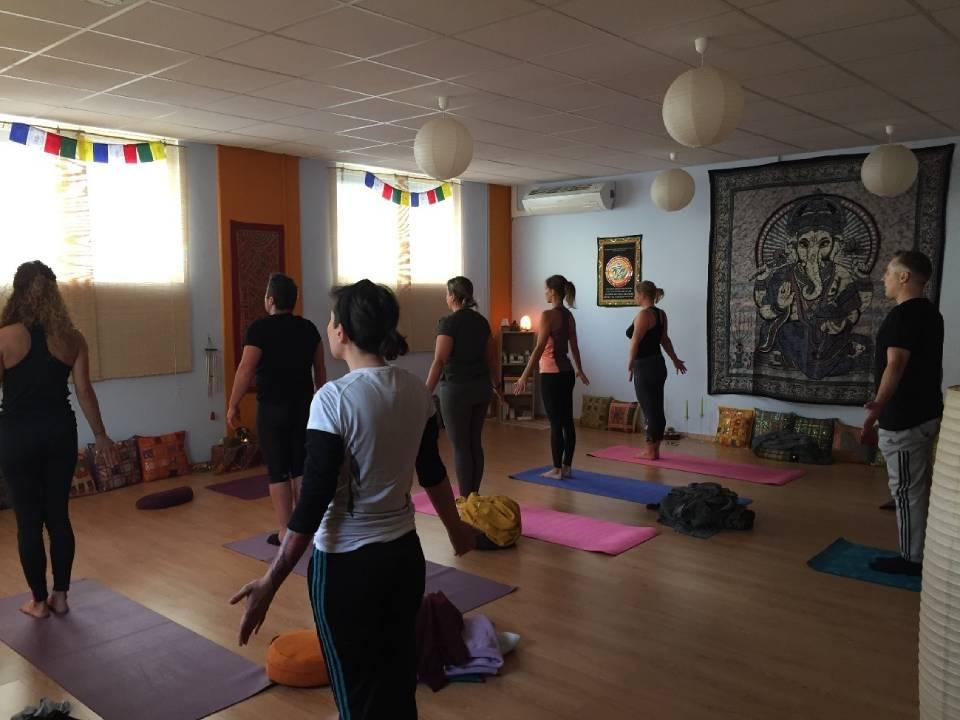 Hatha Yoga integral respiración